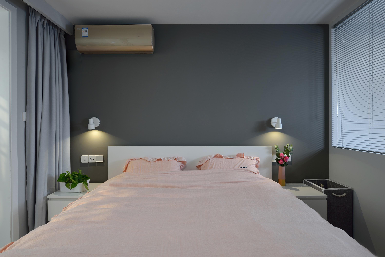 小户型二居卧室背景墙装修效果图