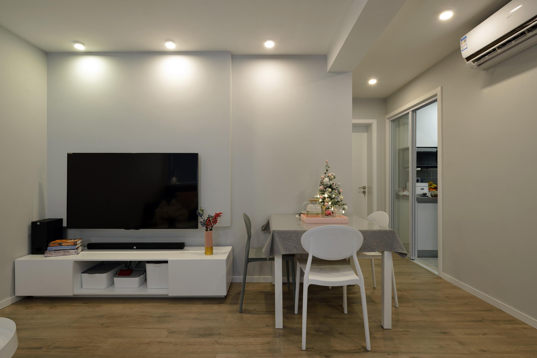 小户型二居室电视背景墙装修效果图