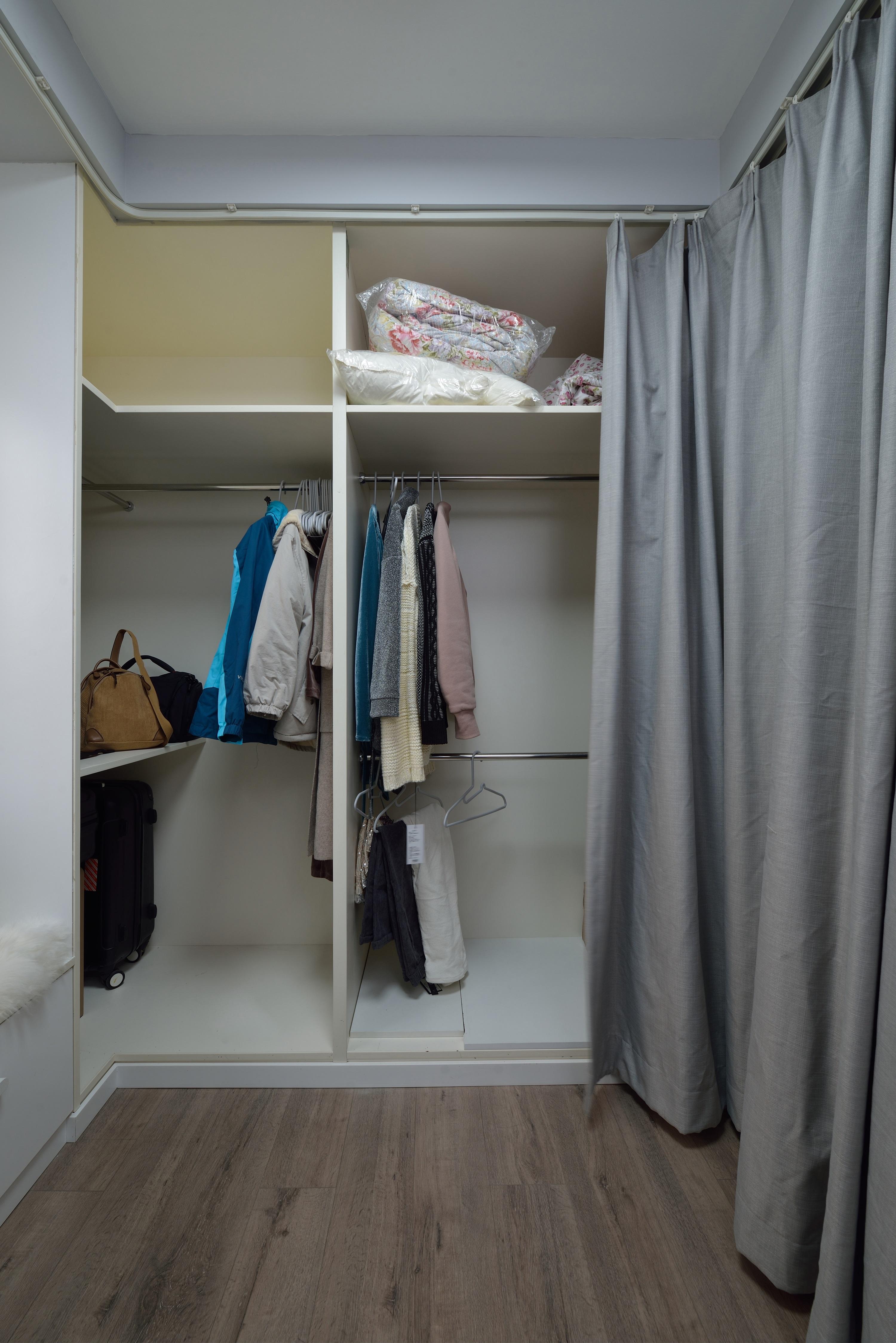 小户型二居室衣帽间装修效果图