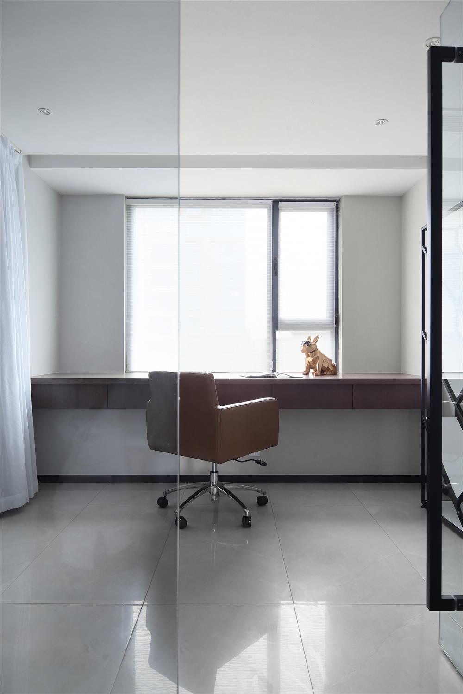 现代简约三居室书房装修效果图