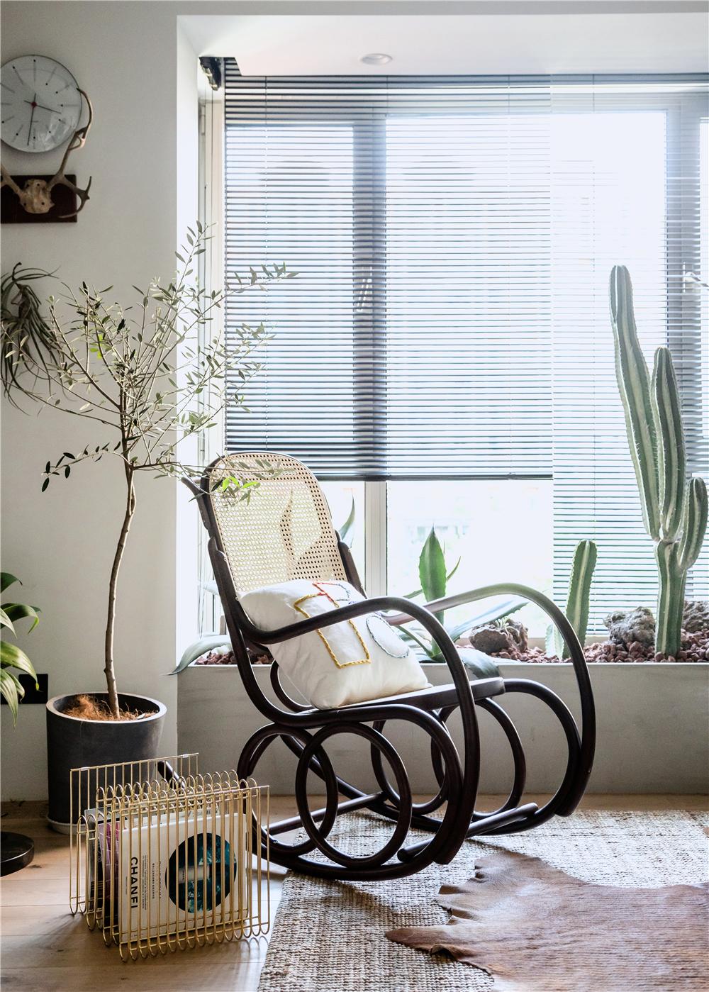 63平米一居室装修摇椅设计