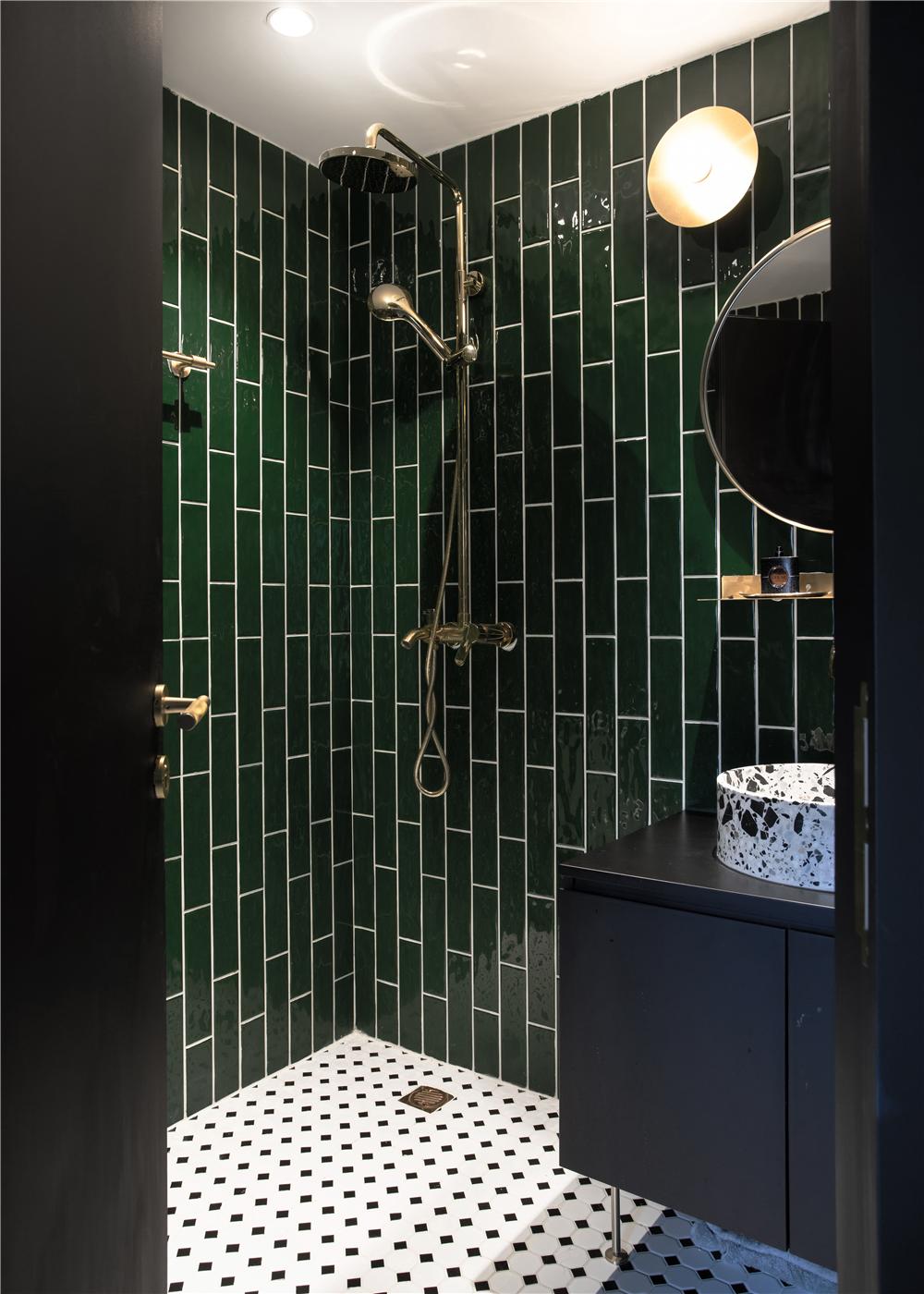 63平米一居室卫生间装修效果图