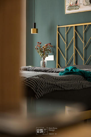 78平米两居室装修卧室小景