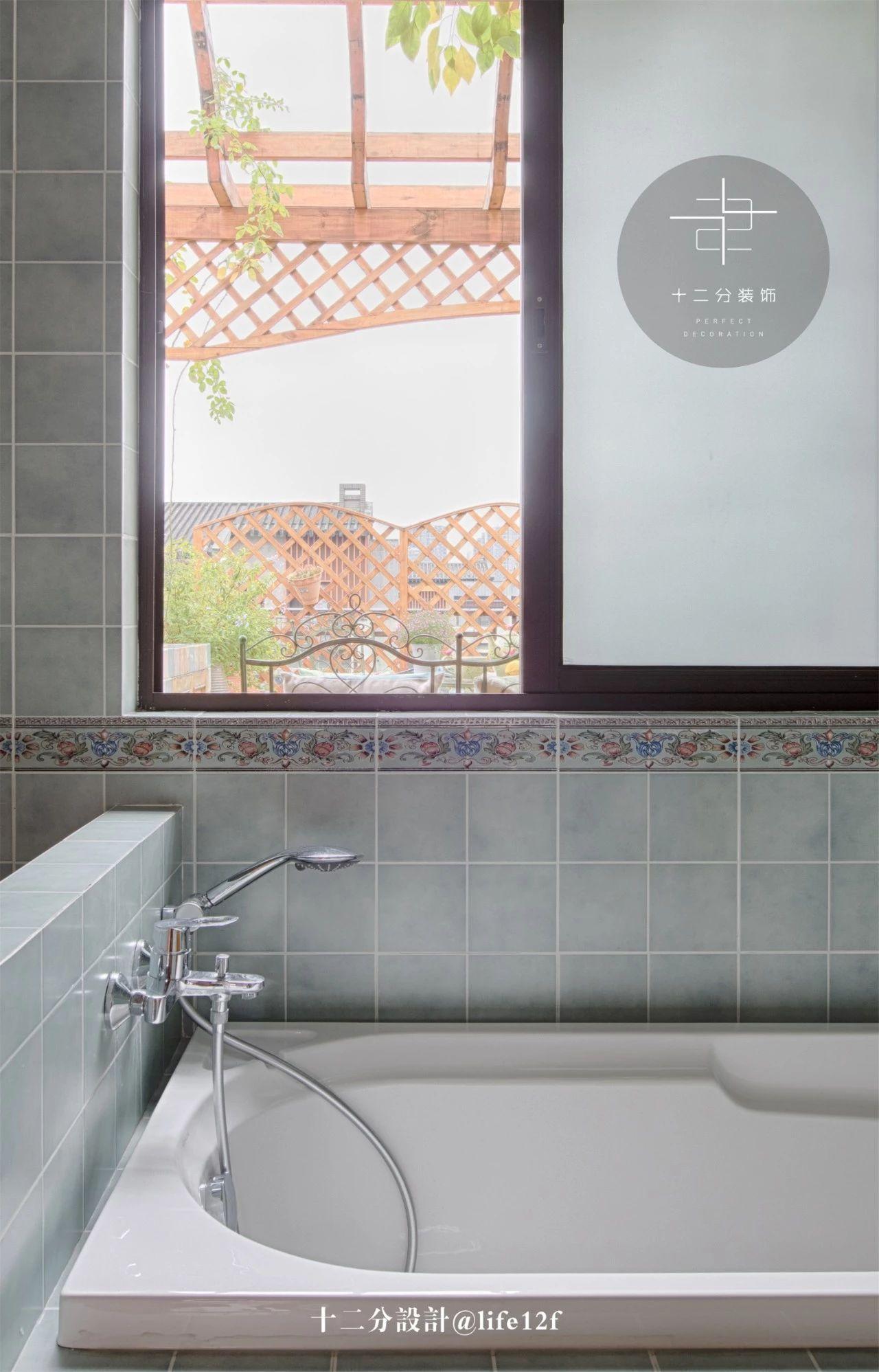 法式乡村别墅装修浴缸设计