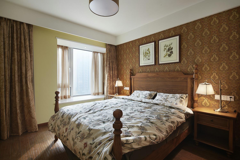 混搭风格三居卧室装修效果图