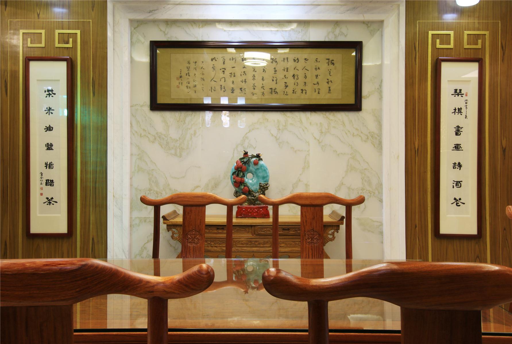 中式风格别墅餐厅背景墙装修效果图