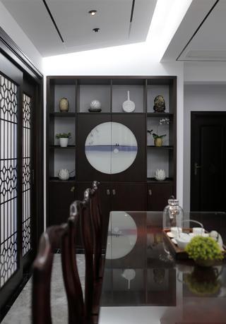 135㎡新中式风格装修餐厅展示柜设计