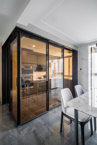 140㎡现代简约风厨房玻璃门装修效果图