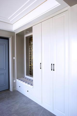 大户型现代轻奢风装修鞋柜设计