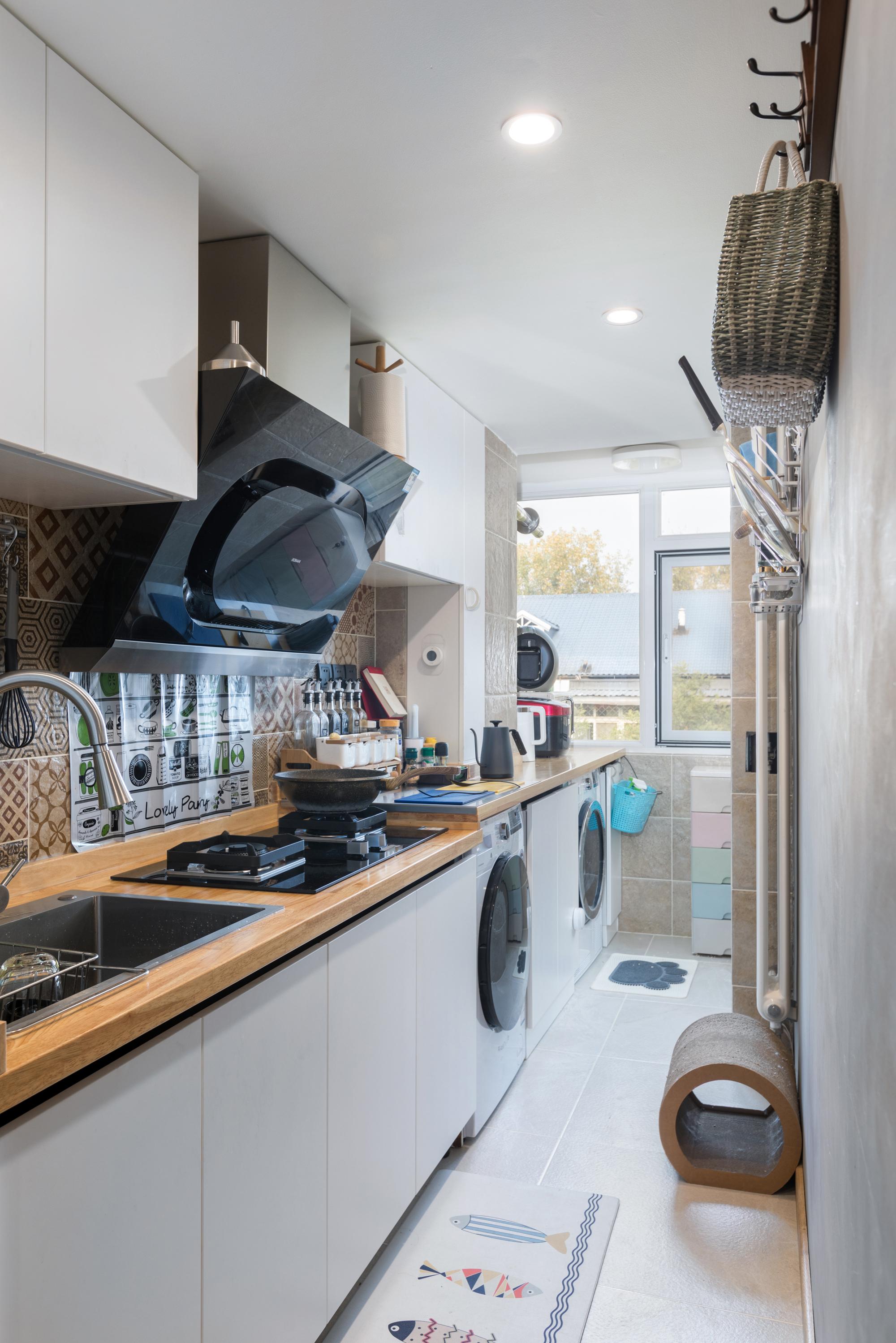 小户型两居厨房装修效果图