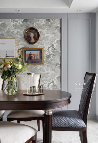 140㎡轻奢风三居装修餐桌椅设计图