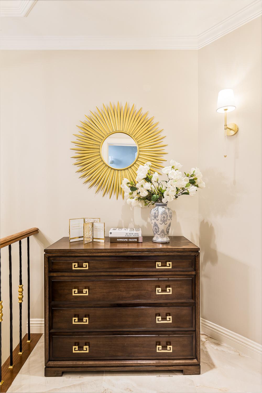 美式风格别墅装修装饰边柜设计