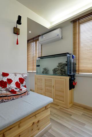 小户型二居室装修鞋柜设计