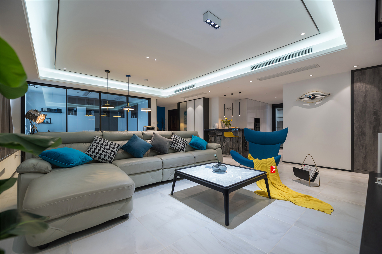 大户型现代简约客厅吊顶装修效果图