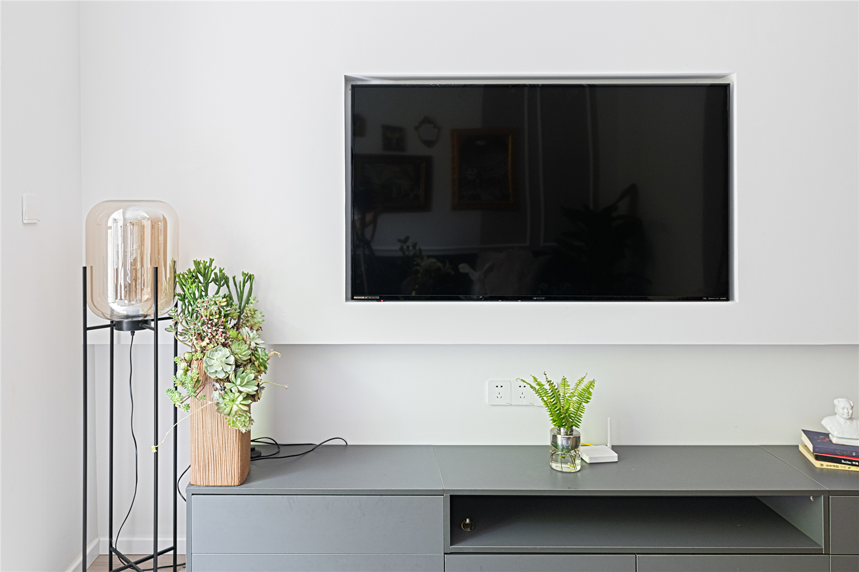 70平复古三居室电视墙装修效果图
