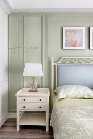 四居室美式风格装修床头柜设计图