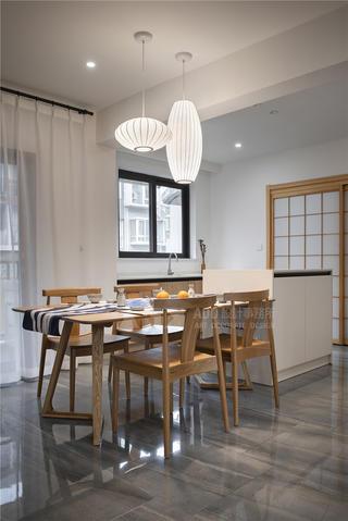日式风格四居餐厅装修效果图