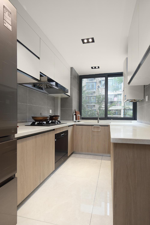 90平现代简约风厨房装修效果图