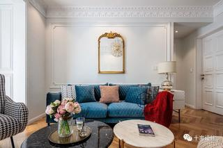 70㎡法式两居沙发背景墙装修效果图