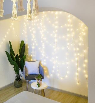 60平二居室装修星星装饰灯设计