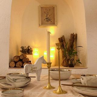 60平二居室装修餐具摆件特写