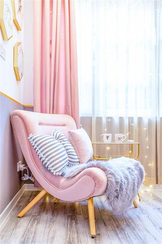 38㎡混搭轻奢风装修躺椅设计