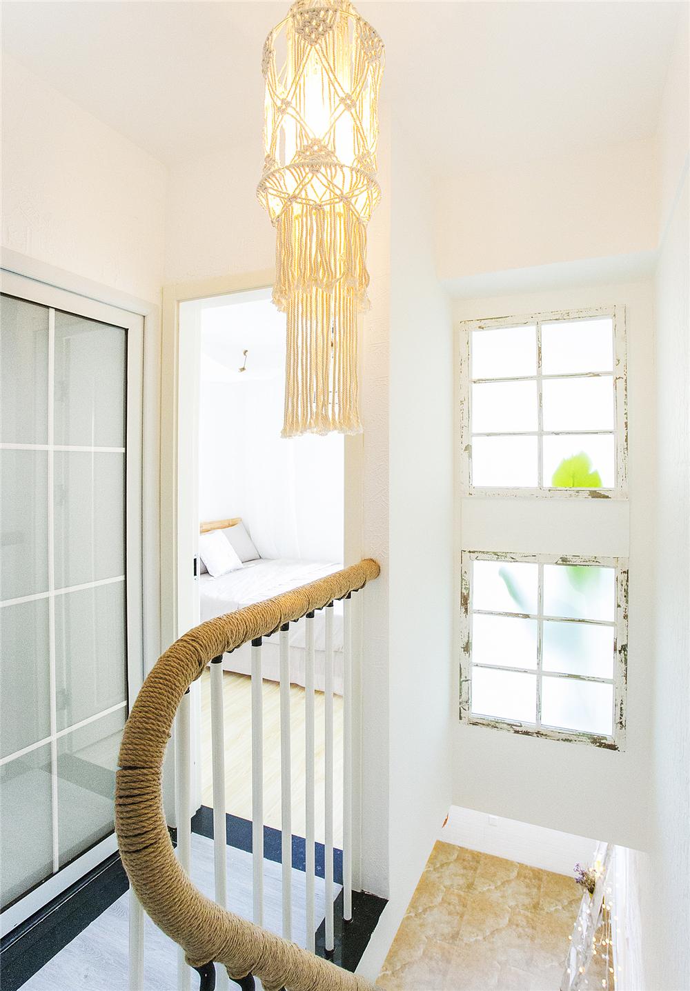 60平二居室装修吊灯设计图