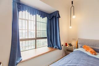 80平北欧风格装修卧室窗帘设计