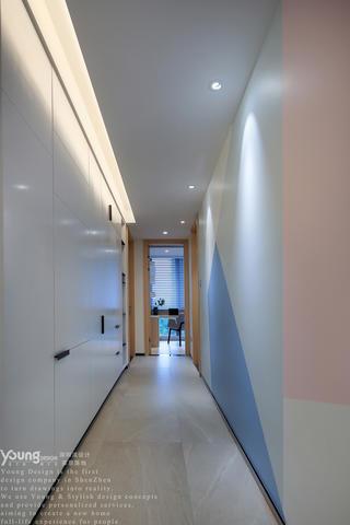 现代简约风三居走廊装修效果图