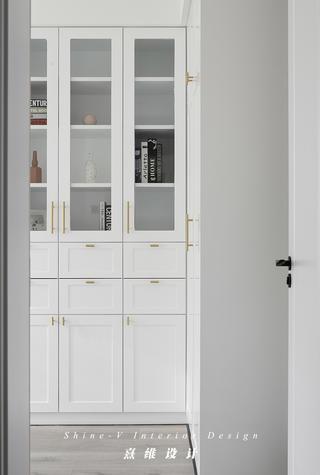 北欧风格三居装修书柜设计图
