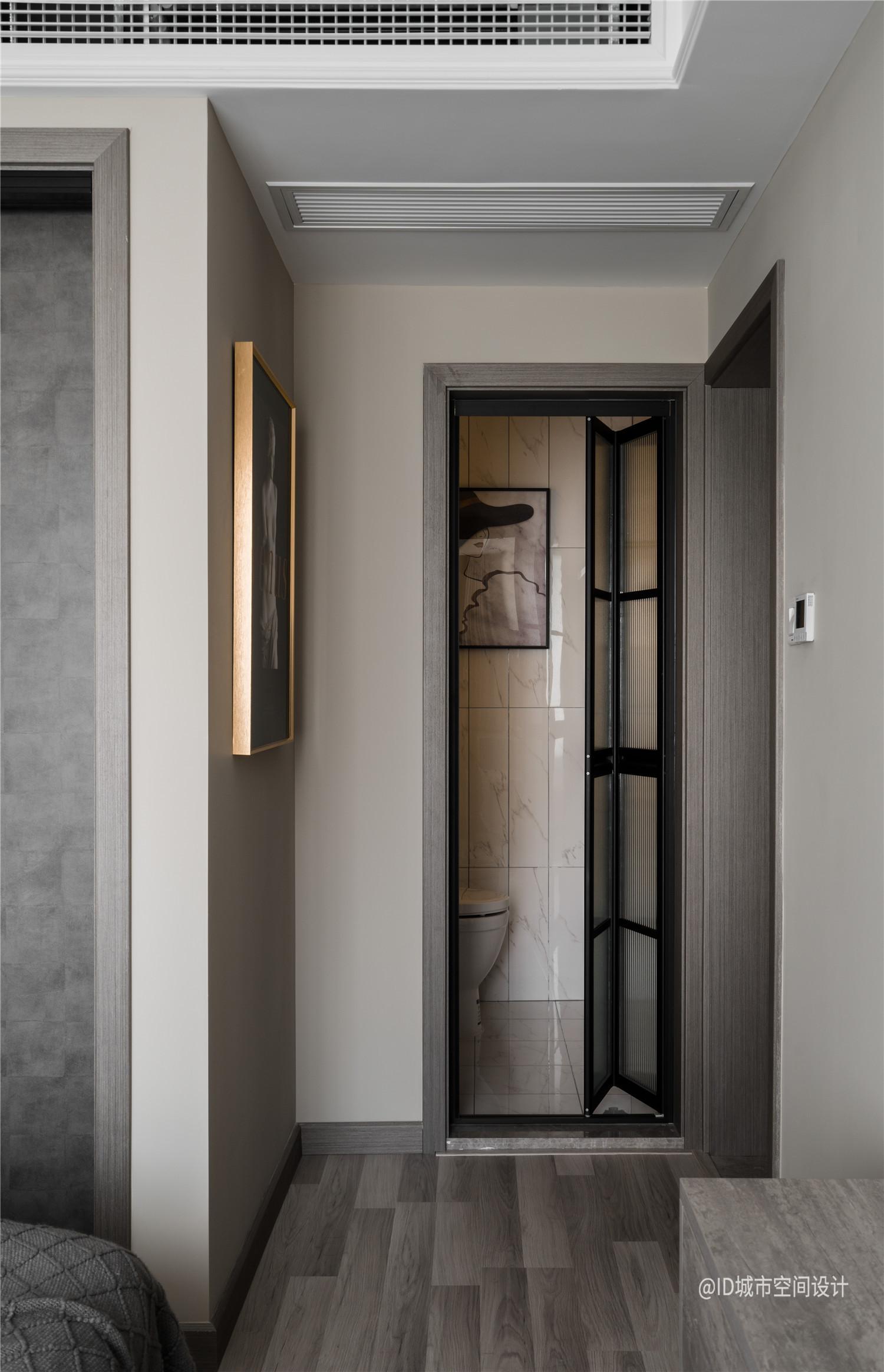 85㎡现代简约装修卫生间折叠门设计
