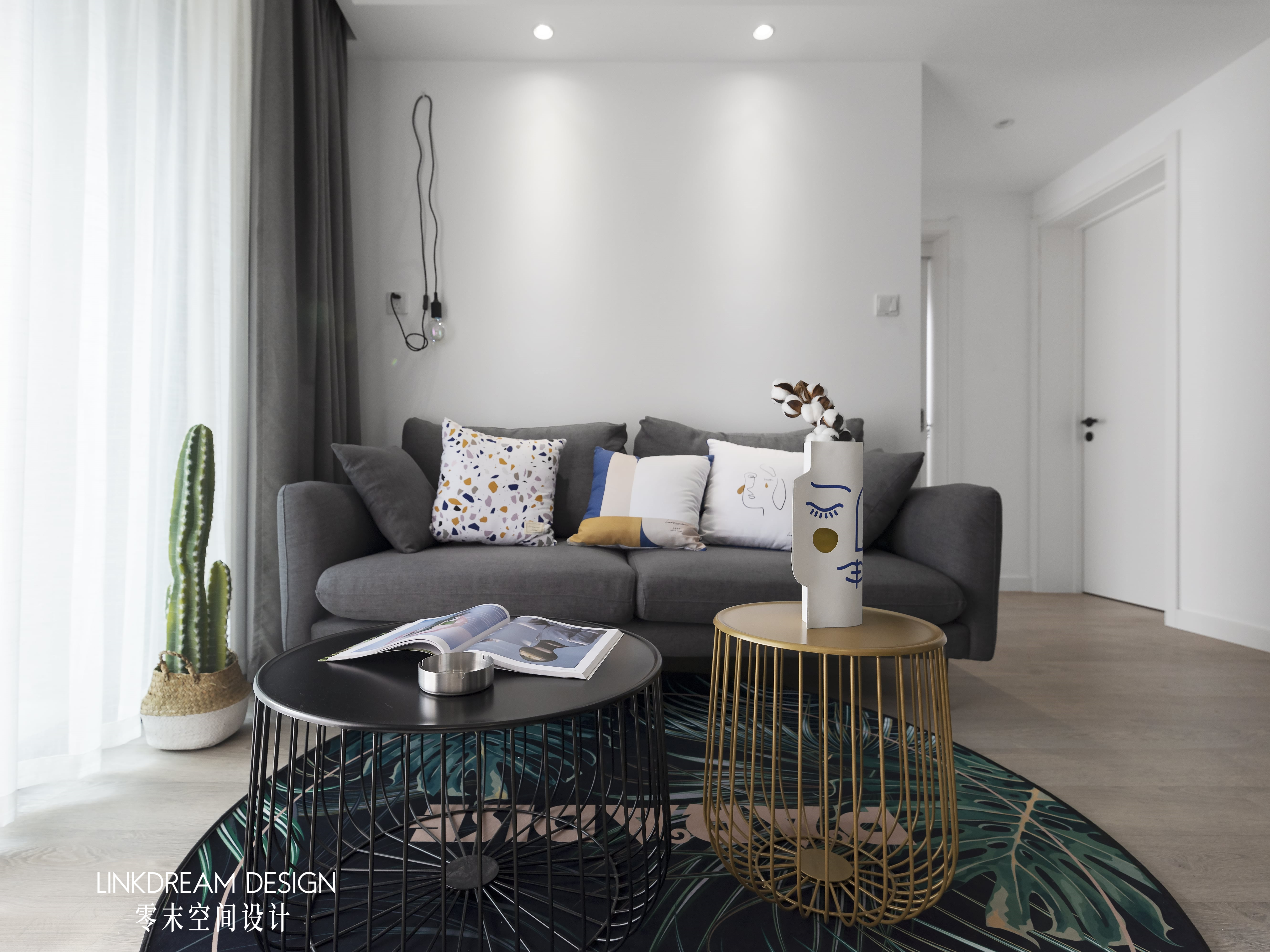 60平米两居室装修沙发设计图