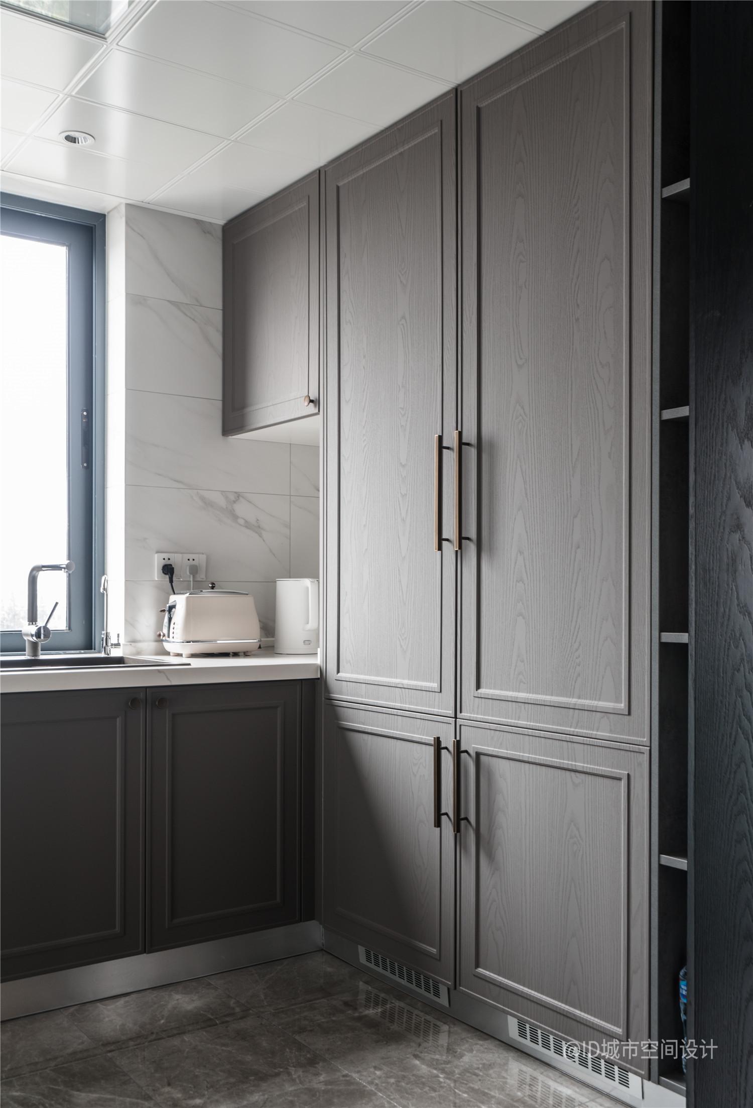 新中式風三居室裝修櫥柜設計圖
