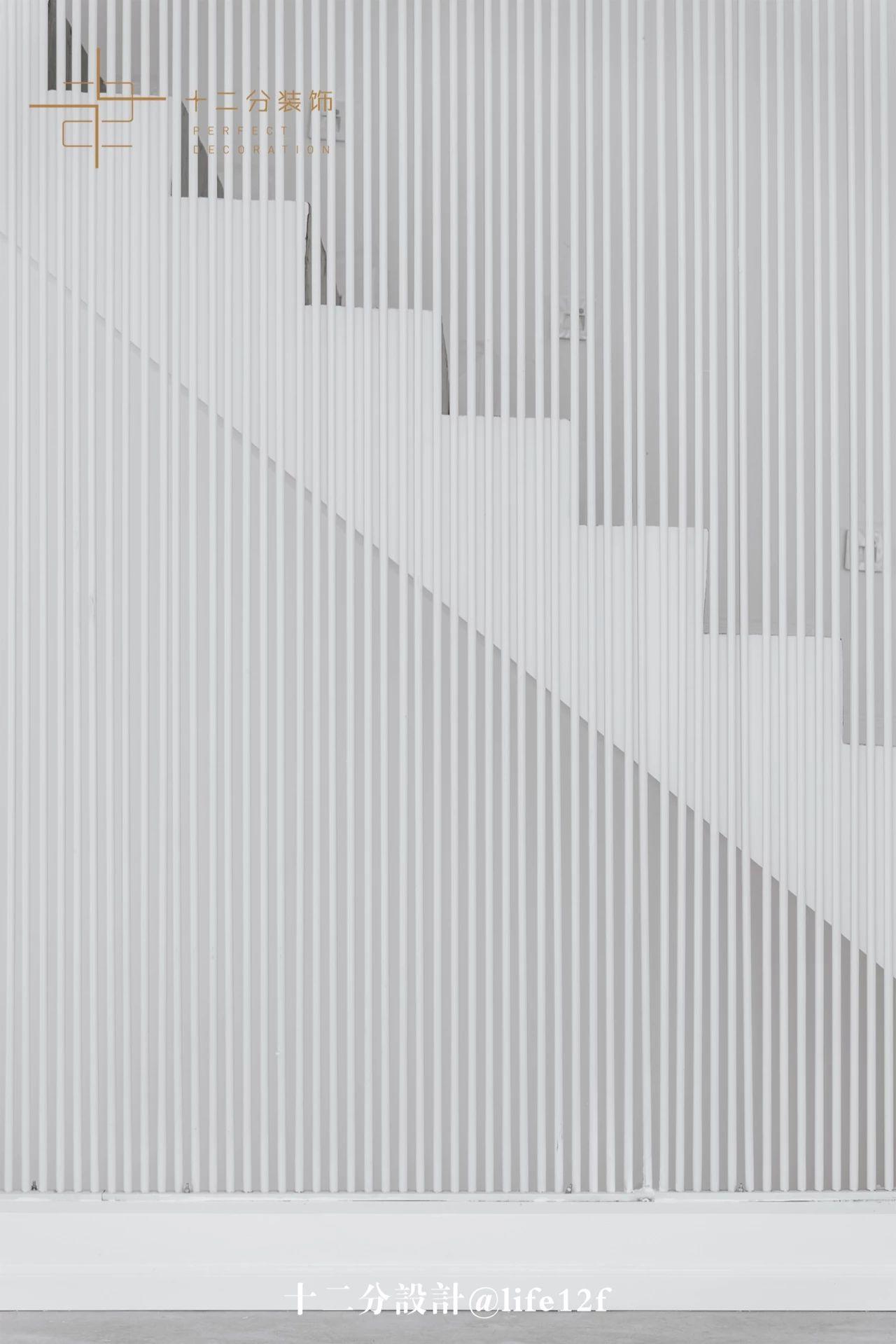简约风别墅楼梯装修效果图