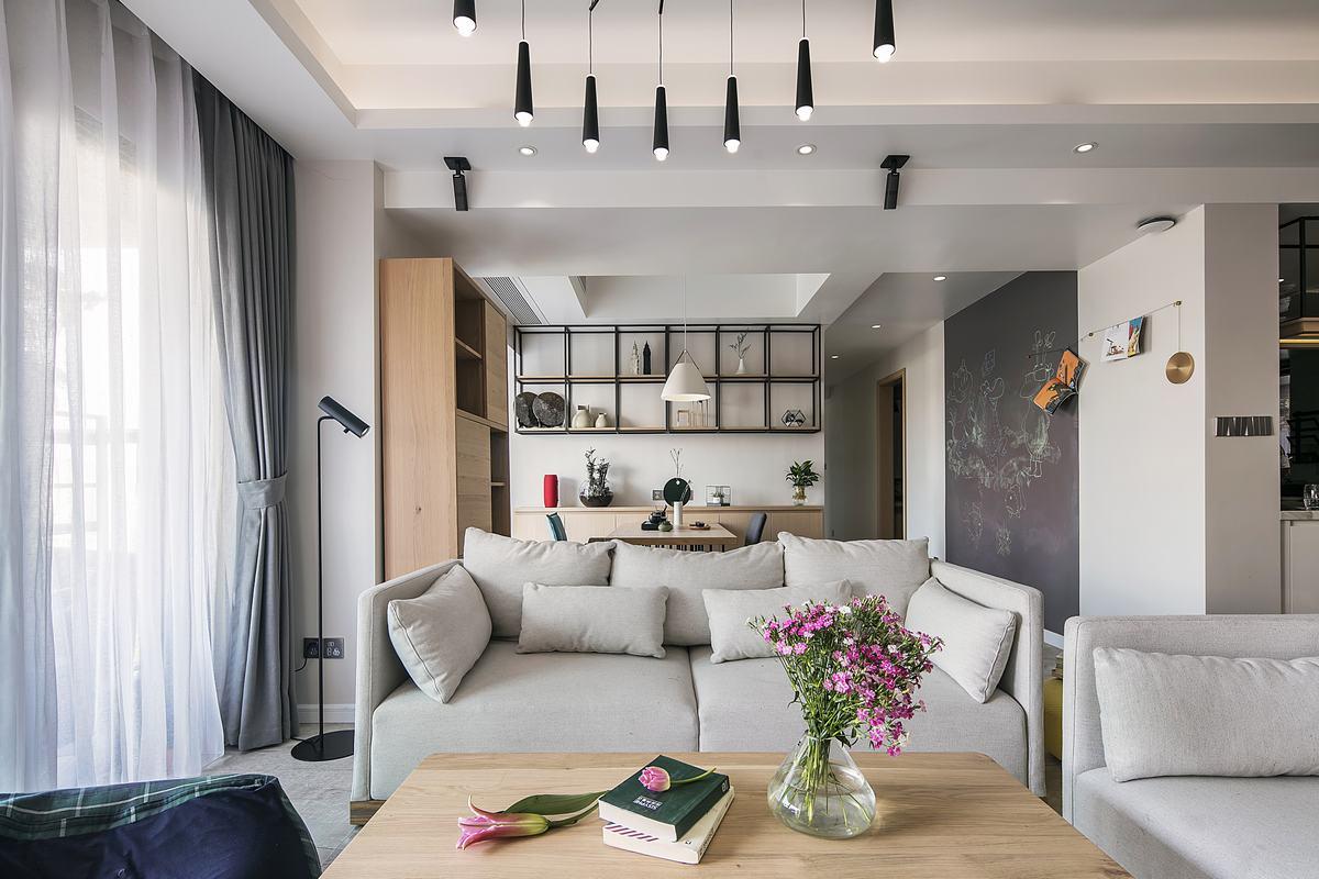 现代简约风三居装修沙发设计图