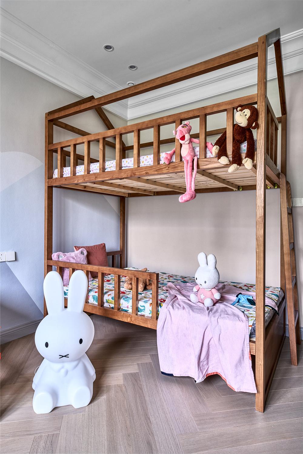 美式轻奢风别墅装修儿童床设计图