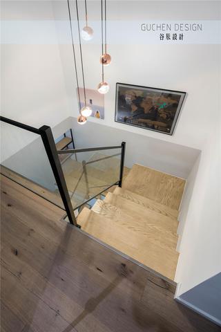 125㎡现代简约复式楼梯装修效果图