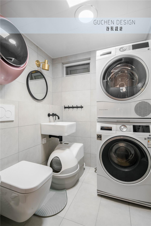125㎡现代简约复式装修卫生间效果图