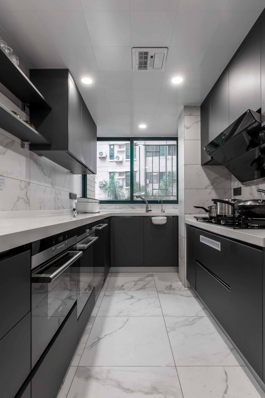 现代简约风格二居厨房装修效果图