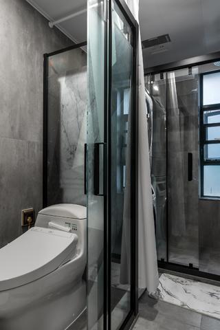 现代简约风格二居卫生间装修效果图