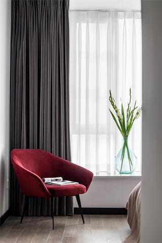 现代简约风四居装修红色单椅设计