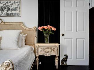 大户型法式风格装修床头柜设计