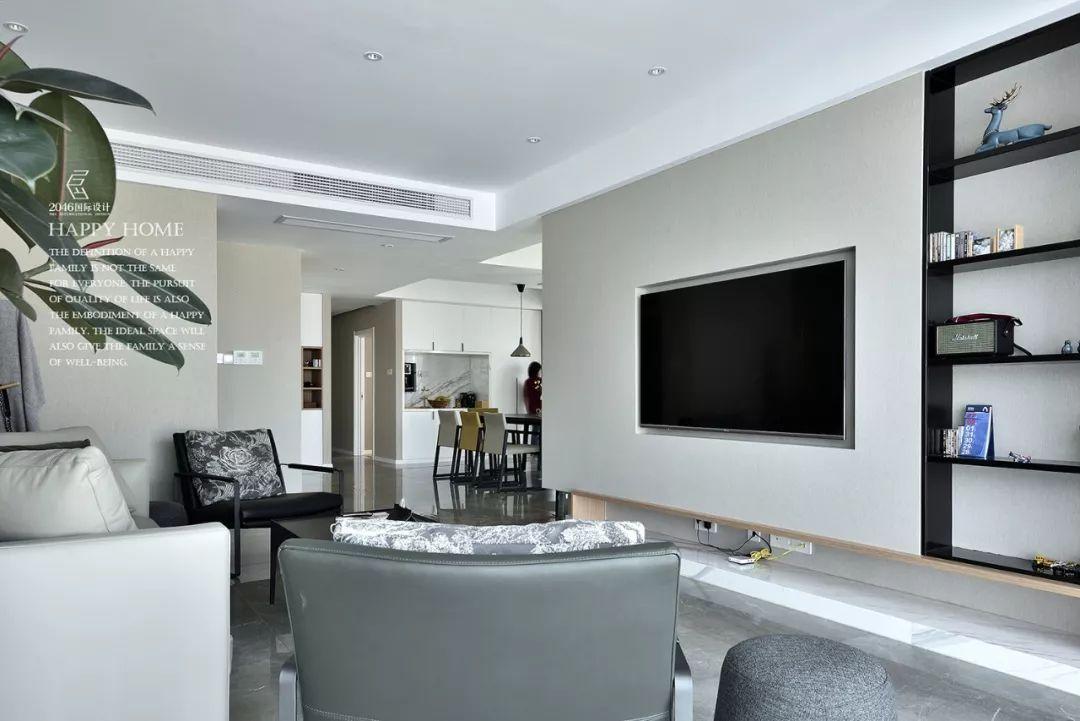 现代简约风四居室电视背景墙装修效果图