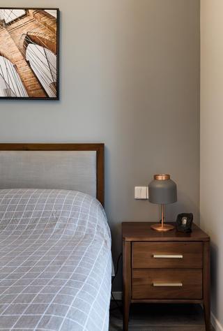 三居室现代混搭风装修床头柜设计