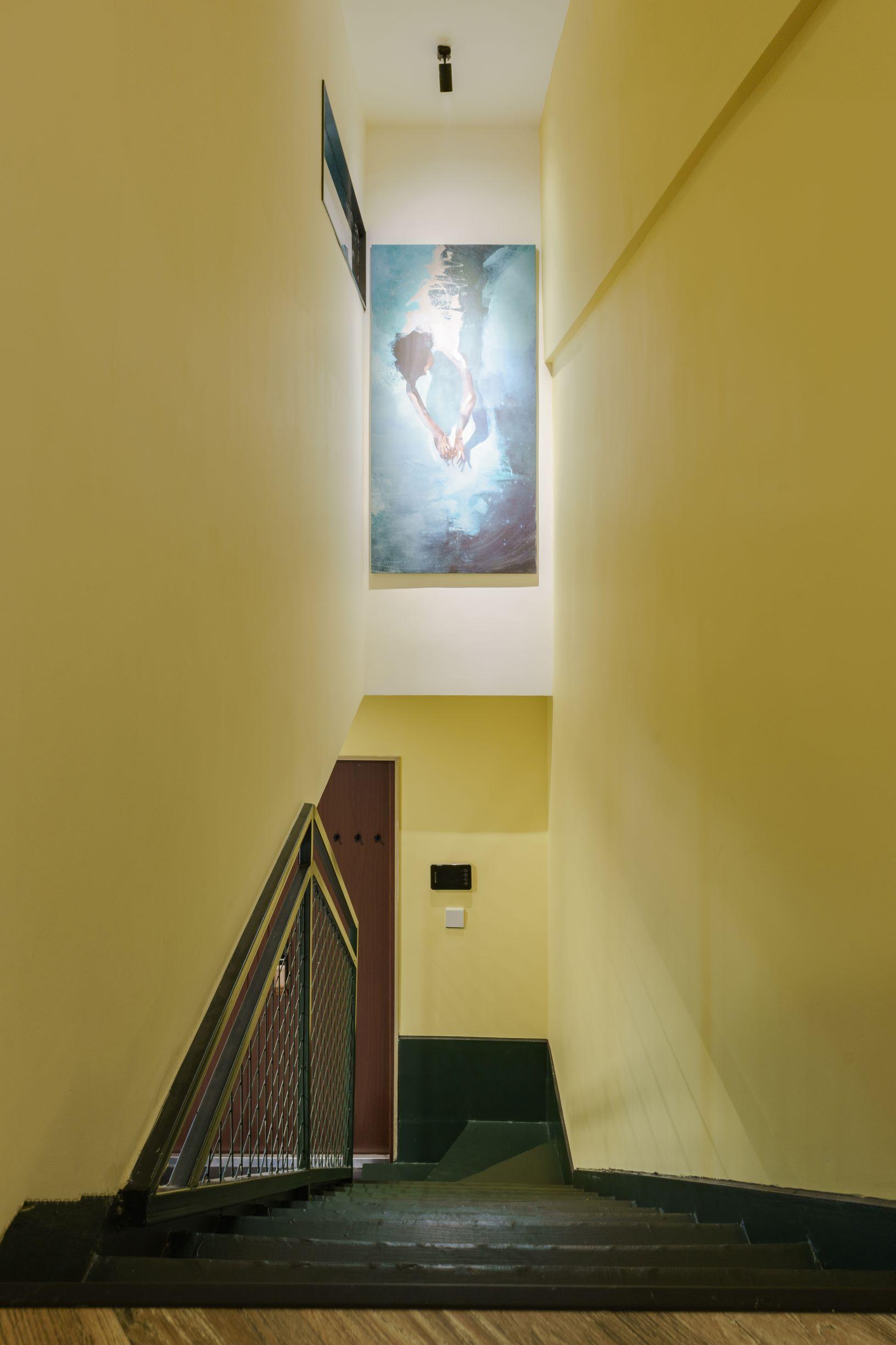 简约loft二居室楼梯空间装修效果图