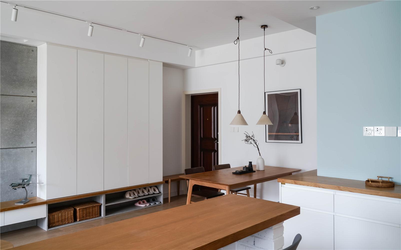 94平米三居室餐厅装修效果图