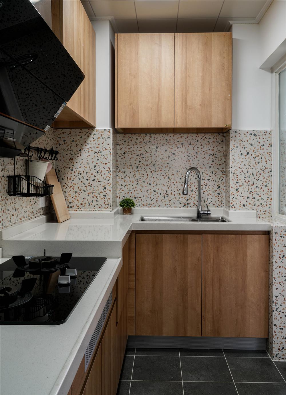 94平米三居室厨房装修效果图
