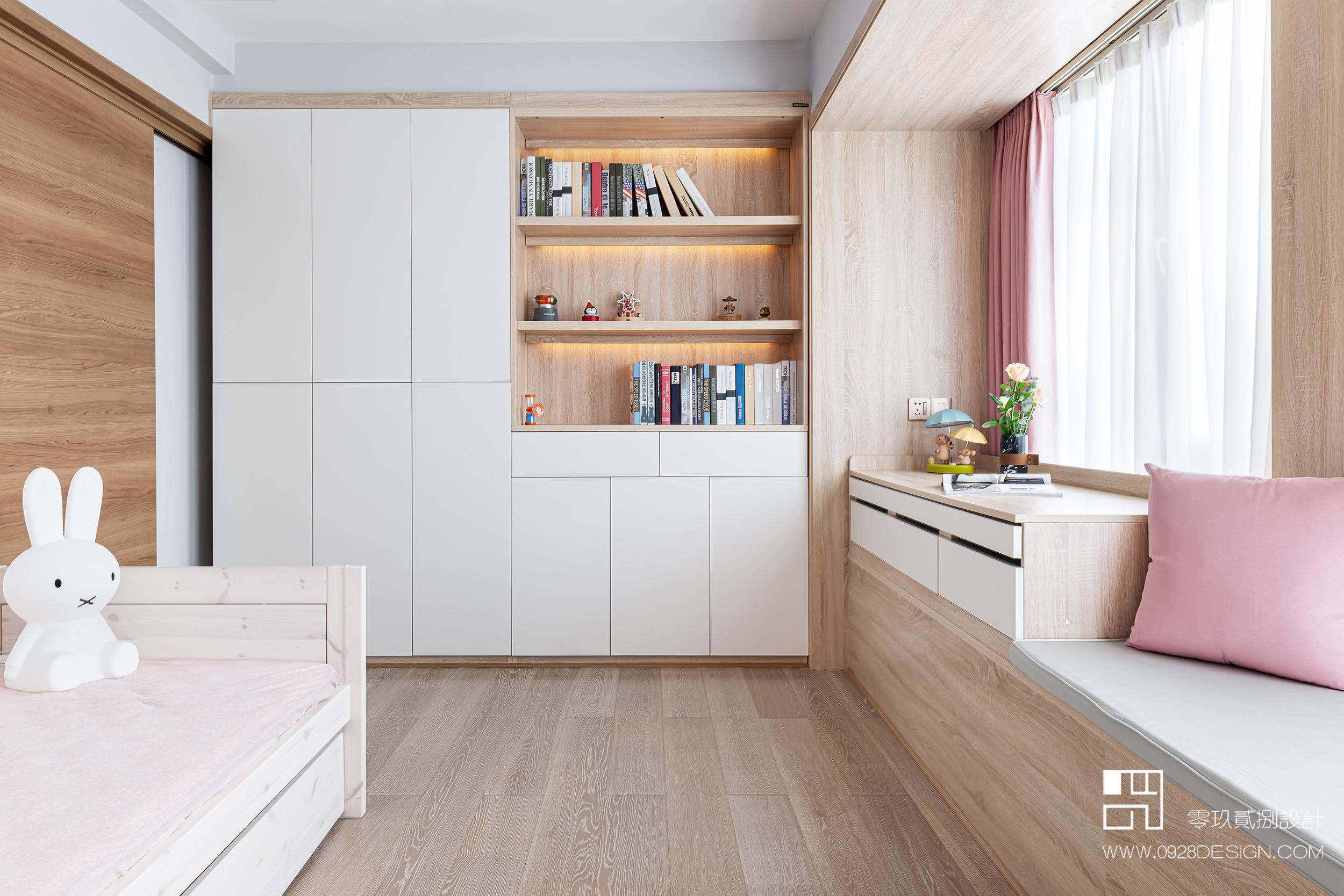 168平米现代风格儿童房衣柜装修效果图