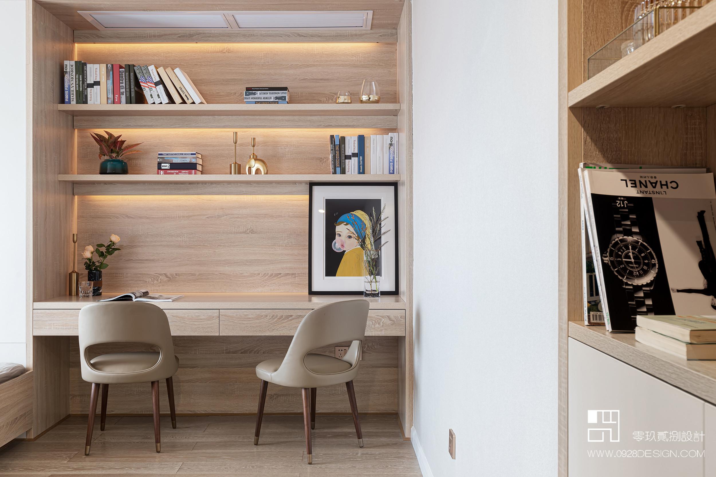 168平米现代风格装修书桌设计图