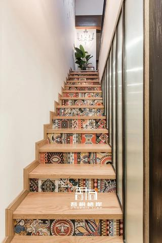 别墅混搭风格楼梯装修效果图